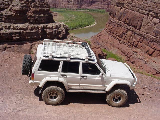 Xj Roof Spoiler Jeepforum Com