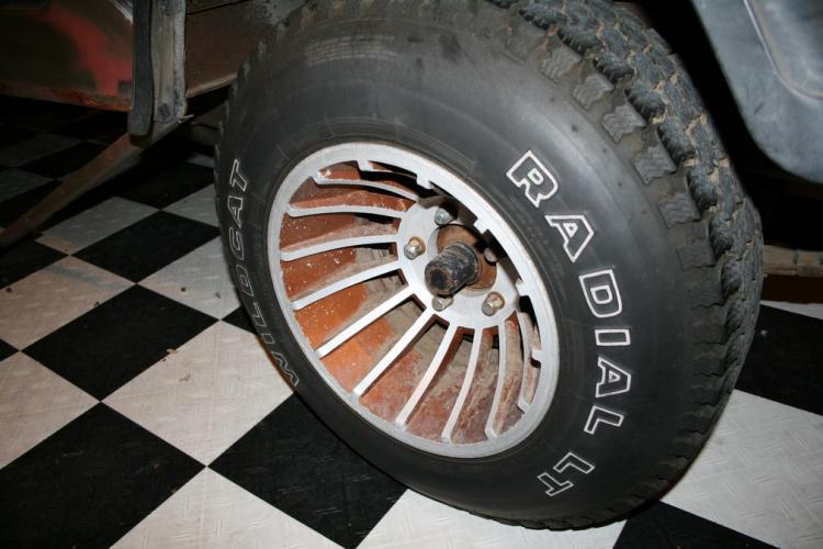 Name:  tire2.jpg Views: 289 Size:  52.5 KB