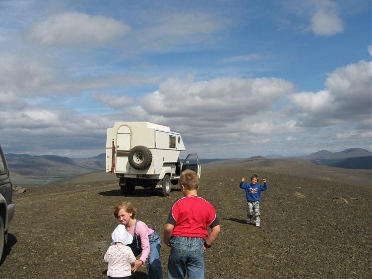 Name:  Island 2007-1 078-unger på toppen.jpg Views: 6337 Size:  59.0 KB