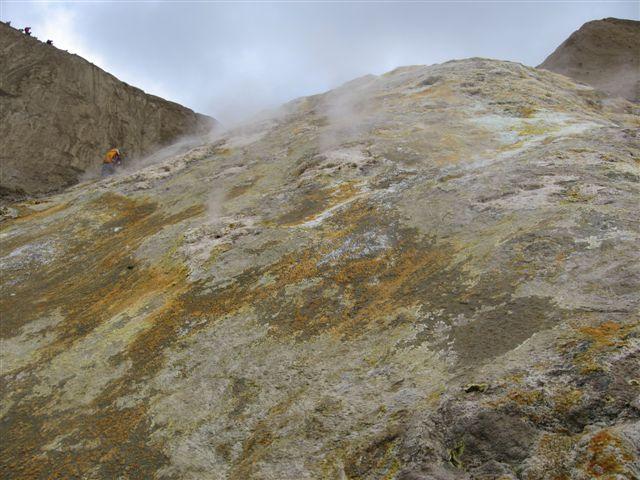 Name:  Island 2007-1 213 - røyk fra fjell i Viti.JPG Views: 5475 Size:  66.1 KB