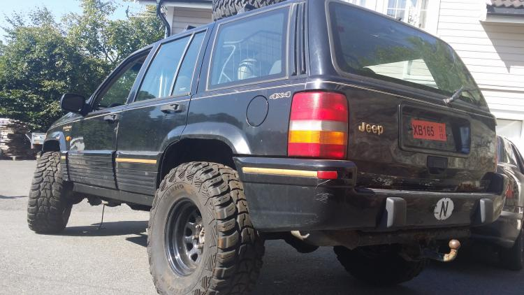 Name:  Jeep.jpg Views: 832 Size:  60.1 KB