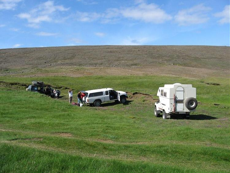 Name:  Island 2007-1 110-pitstopp ved varm foss.jpg Views: 6153 Size:  78.4 KB