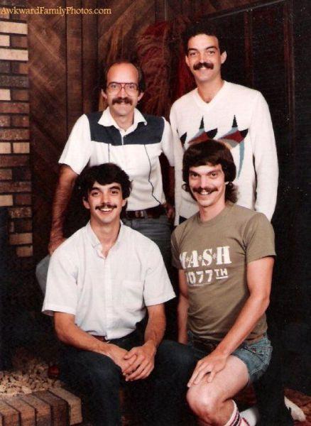 Name:  awkward_family_photos_640_16.jpg Views: 793 Size:  47.4 KB