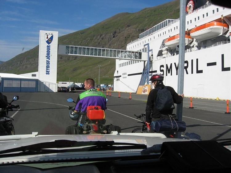 Name:  Island 2007-1 003-seydirfjordur.jpg Views: 7002 Size:  69.7 KB