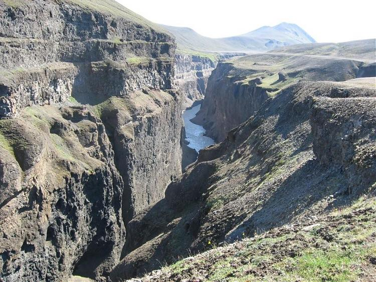 Name:  Island 2007-1 131-canyon5.jpg Views: 6083 Size:  130.6 KB